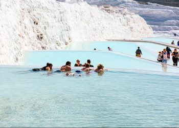 2 Days Ephesus and Pamukkale Tour from Istanbul